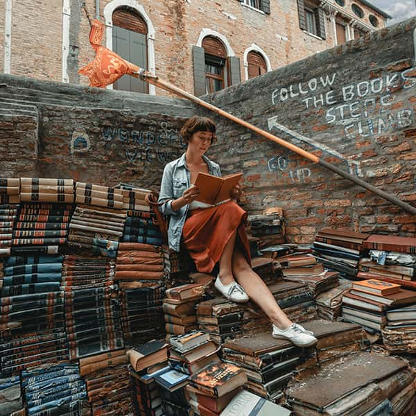 Libreria Acqua Alta in Venice, Clay Banks on Unsplash